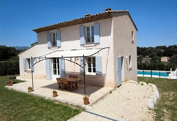 Maison Provençale avec jardin et piscine privés pour des vacances en Luberon