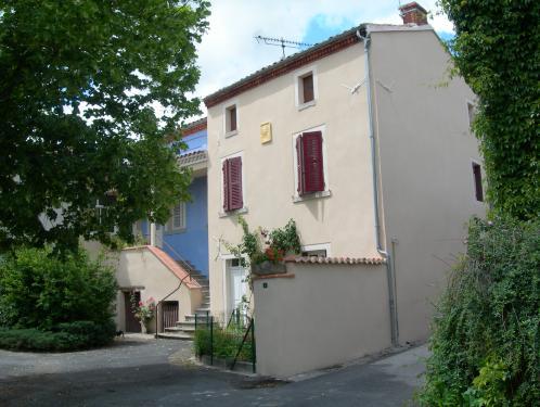 Maison dans petit village